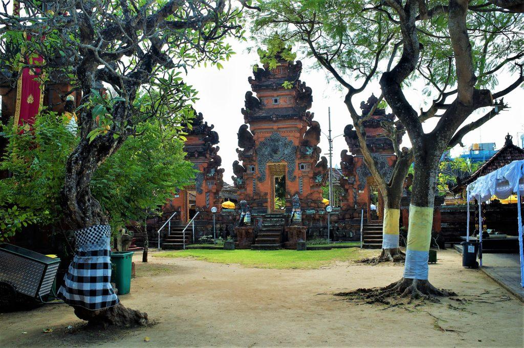 бали храм
