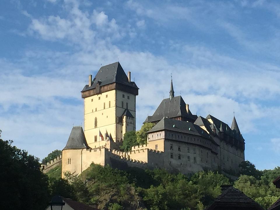 замок Карлштейн Прага